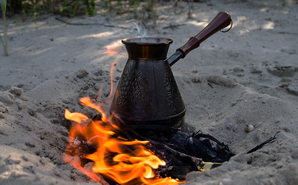 Заваривание чая матум на огне