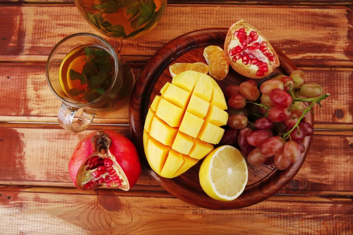 С фруктами