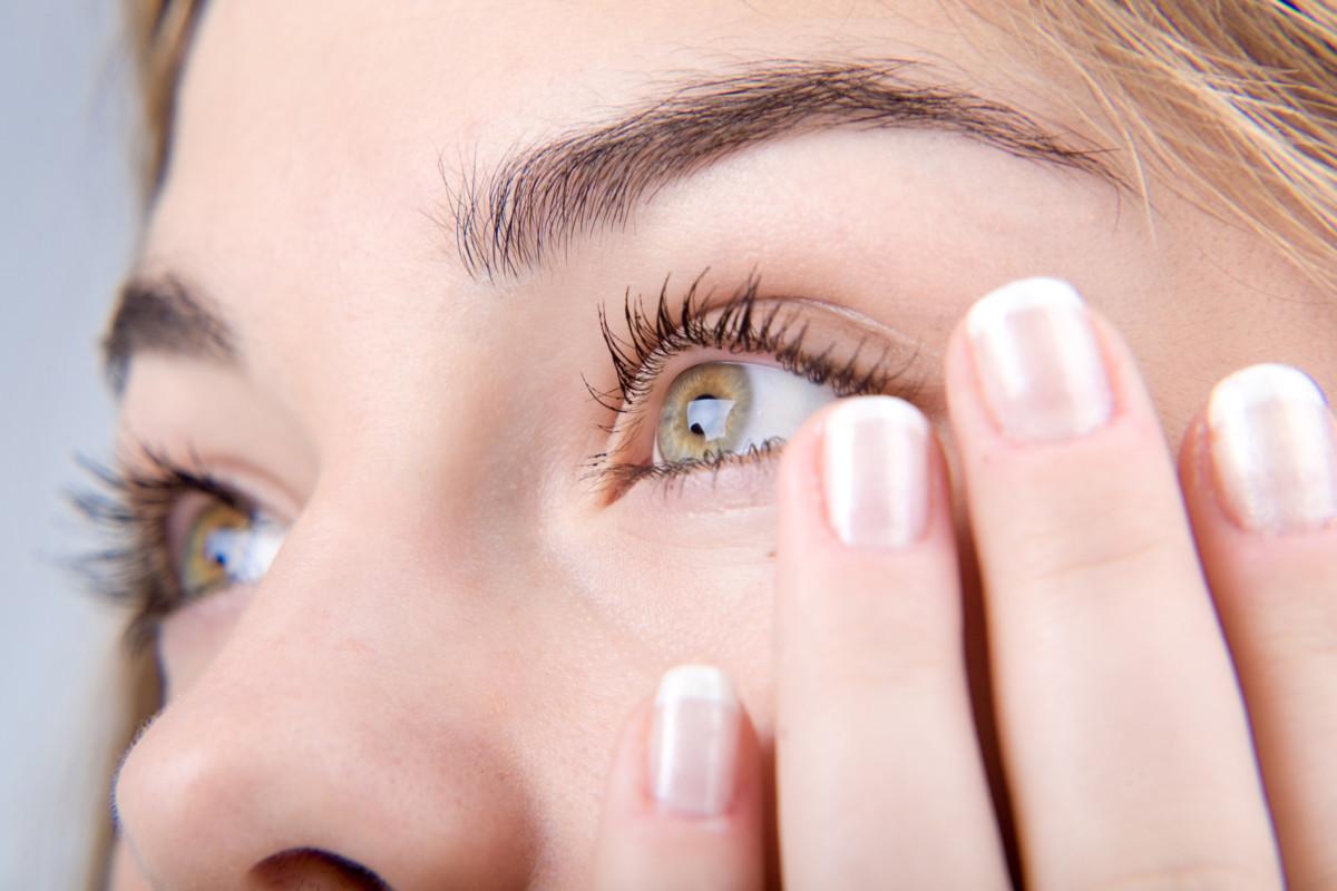 О коже вокруг глаз