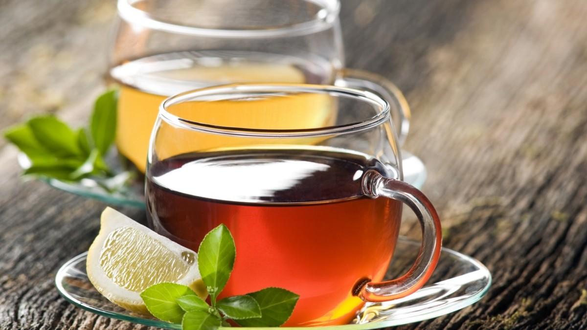 Наибольшей популярностью пользуется холодный черный чай, он же имеет и самое большое количество вариаций