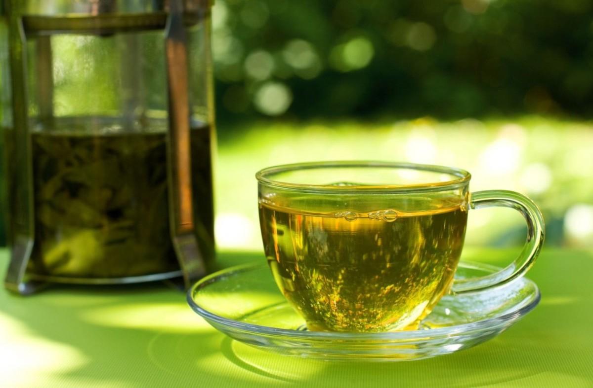 Чашка с лечебным чаем