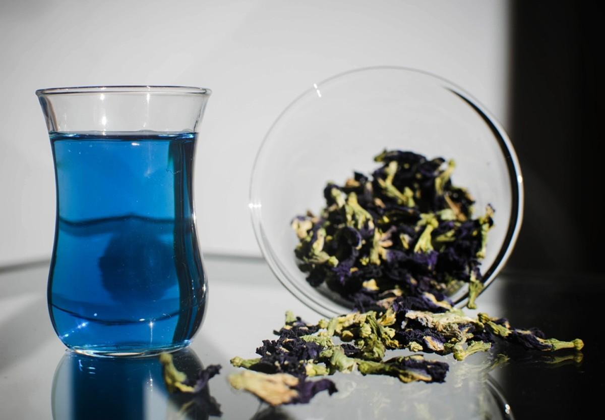 Сухие цветки и чай
