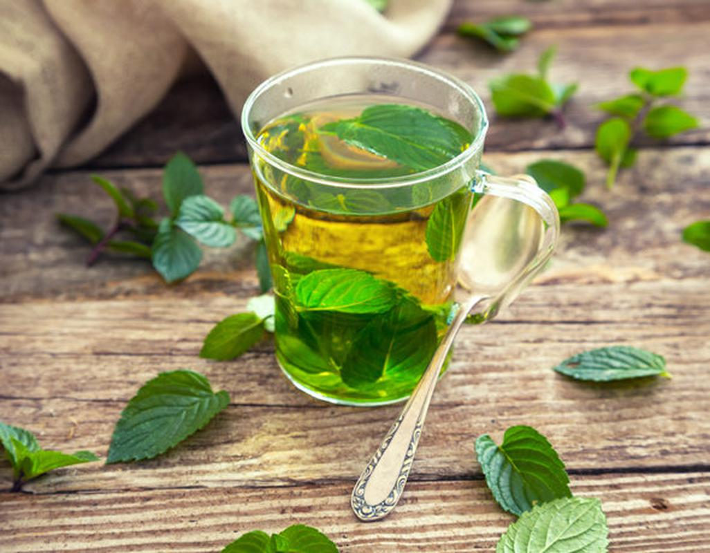 Липовый чай: полезные свойства и противопоказания