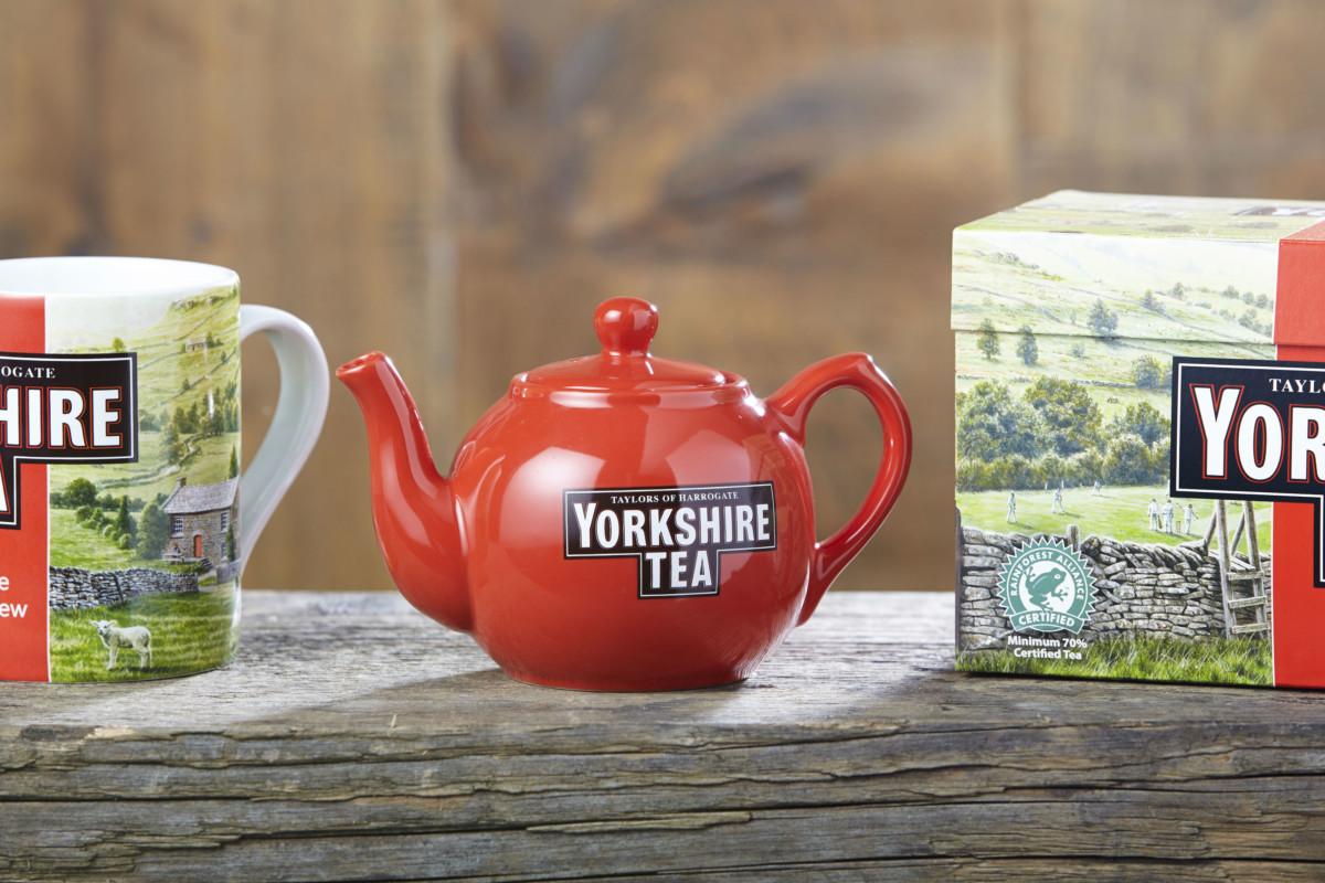 Принц Уэльский выдал йоркширскому чаю королевский знак отличия