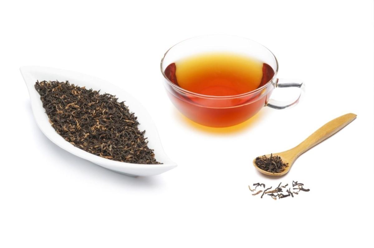 Ассортимент чая включает черный и зеленый, пакетированный и рассыпной