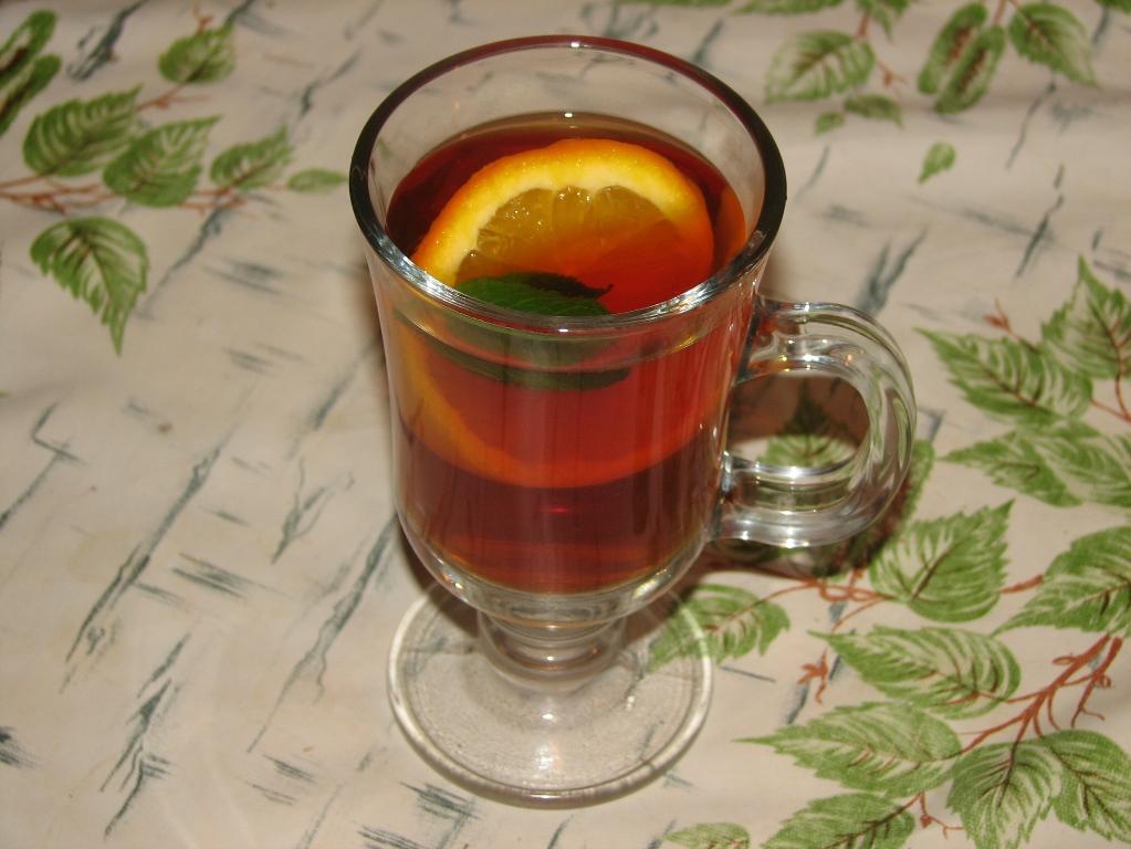 Напиток с бергамотом и цитрусовыми хорошо освежает