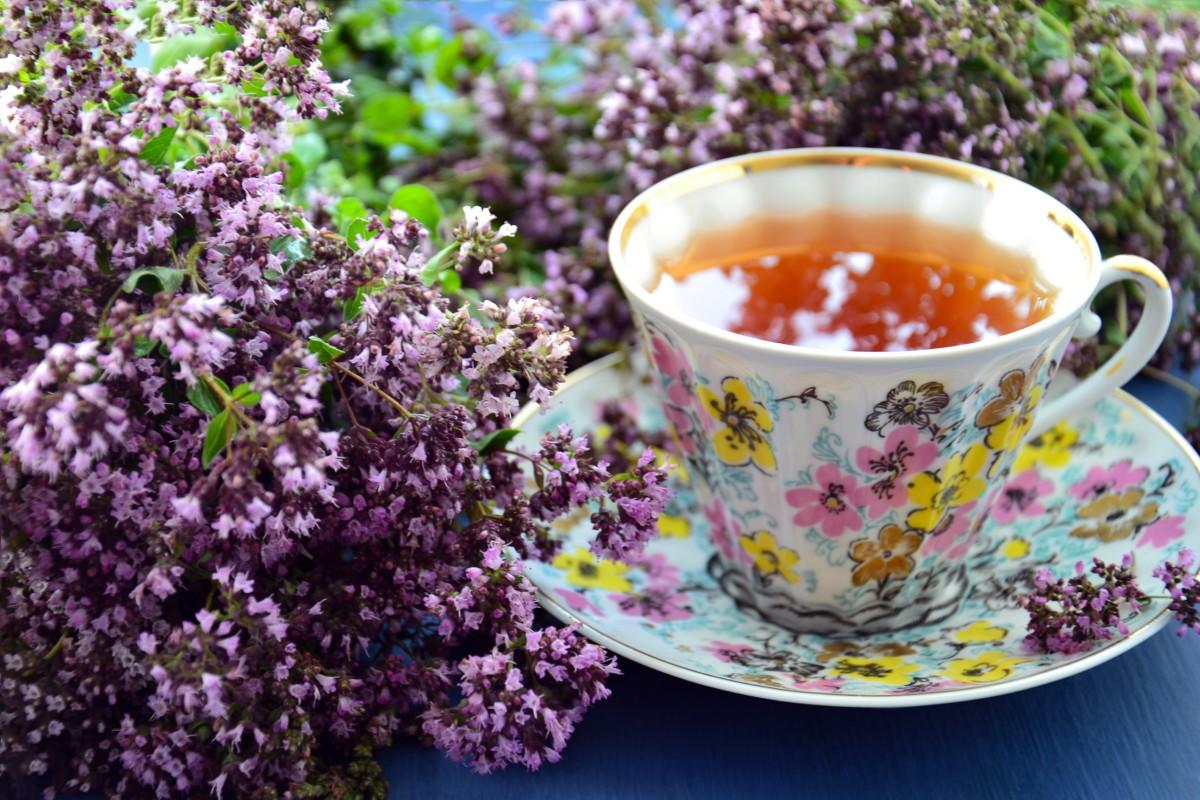 ожно добавлять цветки лаванды непосредственно при заваривании любимого привычного черного сорта чая
