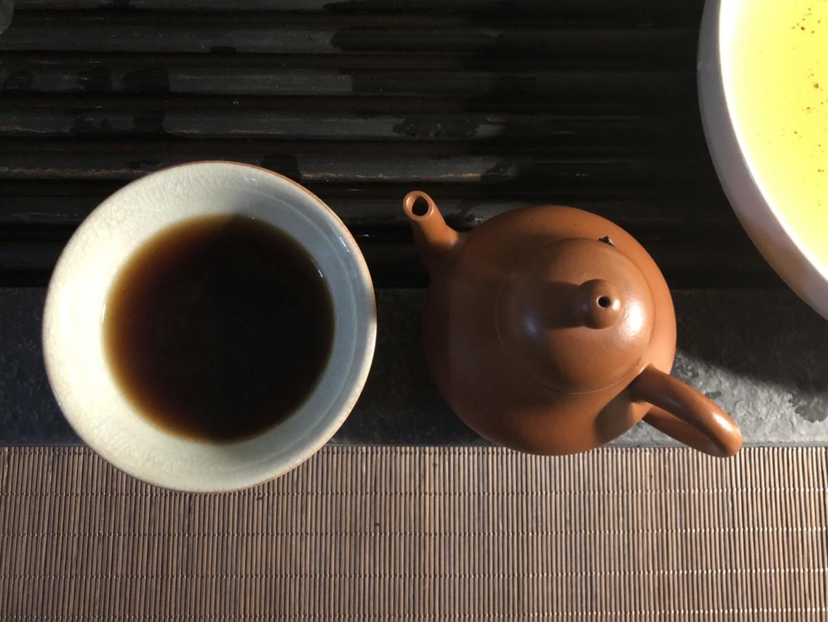 Бодрящий напиток с приятным вкусом был впервые открыт в Китае