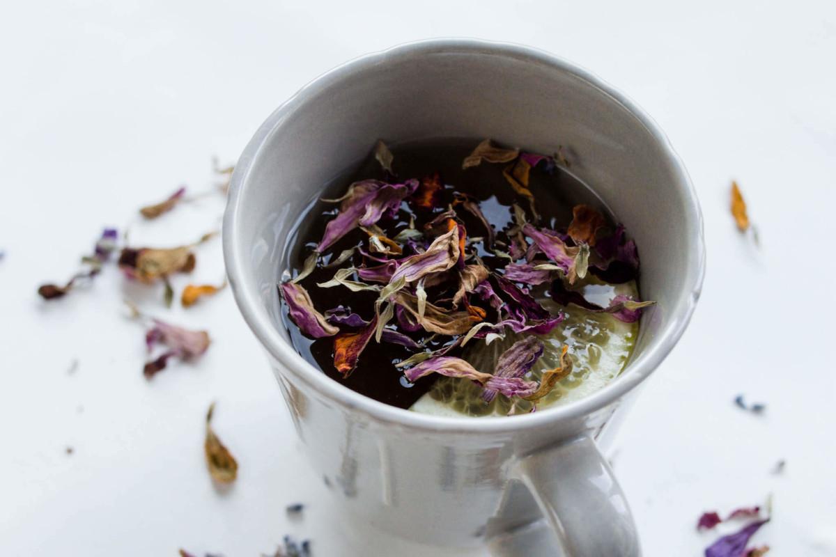 Очень приятный на вкус чай - освежающий, с лёгкой кислинкой