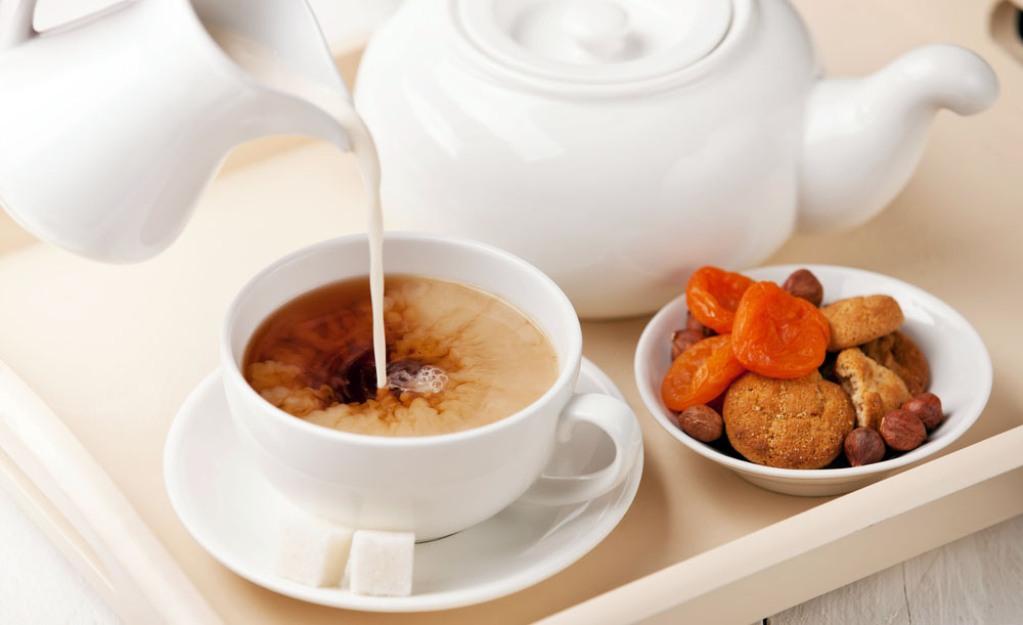 Калорийность чая сильно растет в зависимости от добавления различных ингредиентов