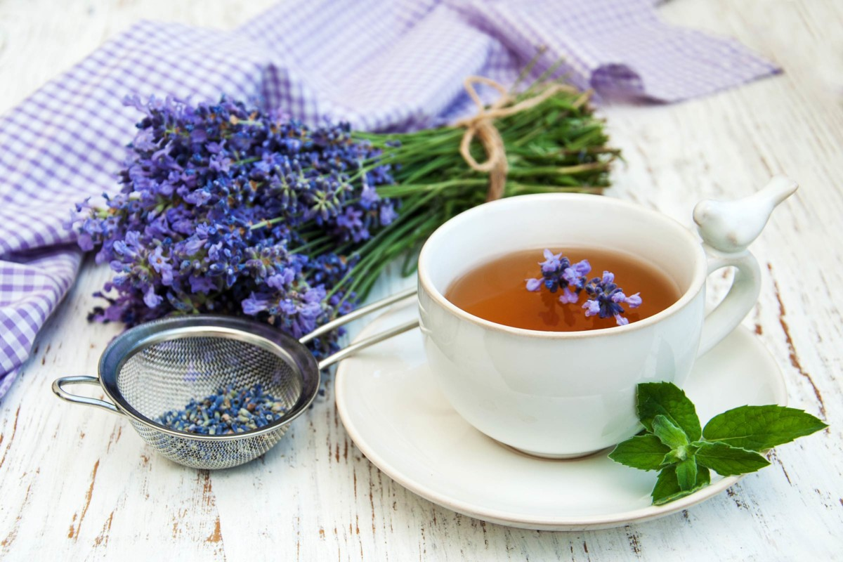 Чем полезен чай с лавандой