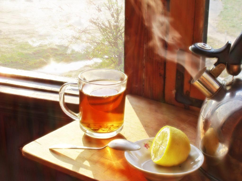 В день стоит употреблять не более пяти чашек чая