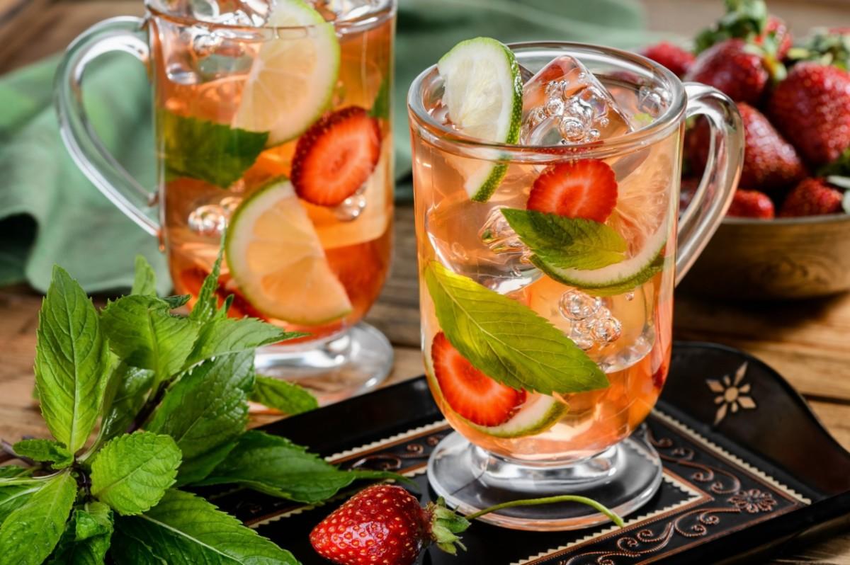 Можно сочетать как несколько, так и все представленные выше фрукты в одном напитке