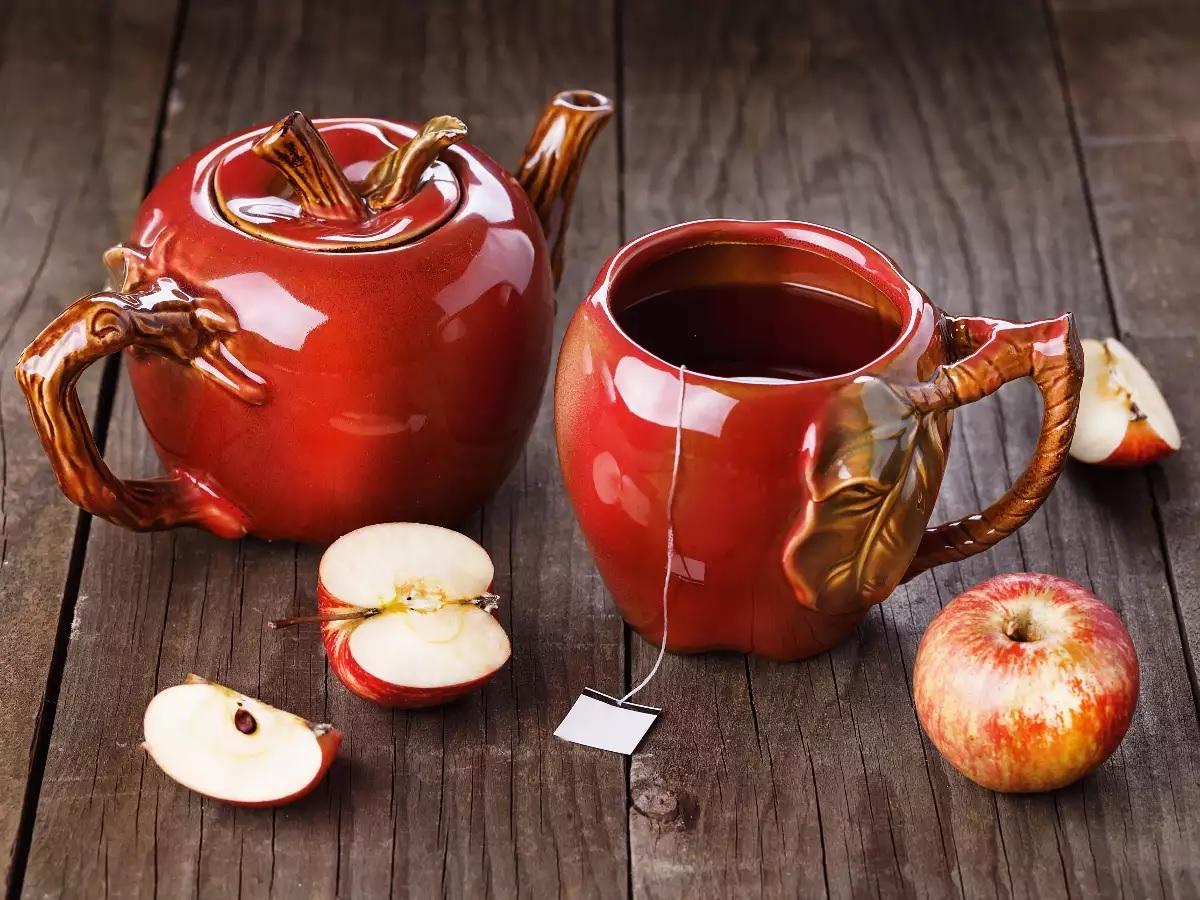 Яблочный чай выводит шлаки из организма