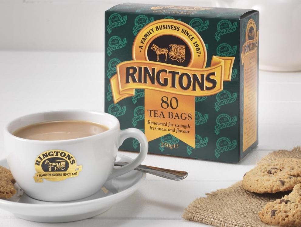Еще чай «Рингтонс» поставляется в лучшие гостиницы, кафе и рестораны Англии
