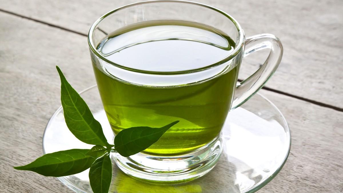 ечебное действие чая при алкогольной интоксикации доказано специалистами, но они рекомендуют применять зеленые сорта чая
