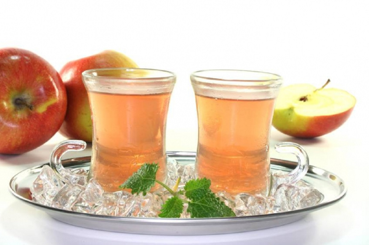 Яблочный чай полезен при проблемах с кровообращением